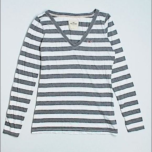 BOGO Long Sleeve Striped Shirt Very useful shirt. Like New. Perfect for studying or lounging around the house or even going out! Hollister Tops Tees - Long Sleeve