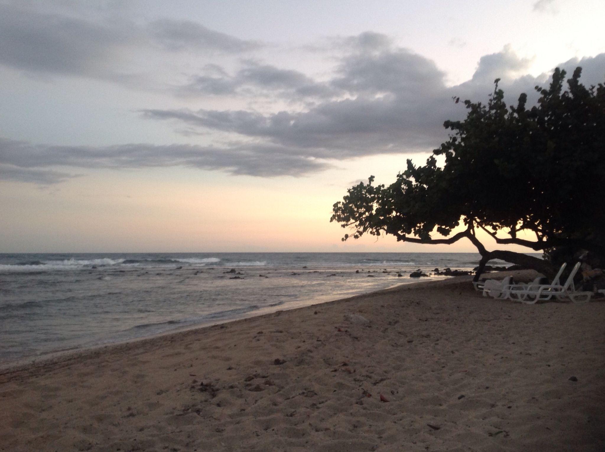 Sunset over Los Galeones beach!