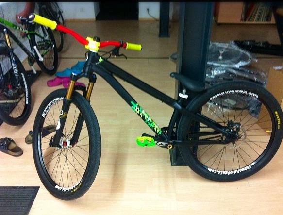 how to make a dirt jumper bike