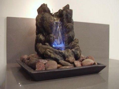 fuente de agua de piedra