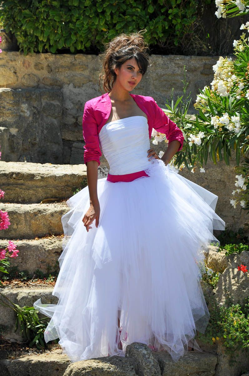 Robe de mariee fushia et blanche | Weddings | Pinterest | Fushia ...