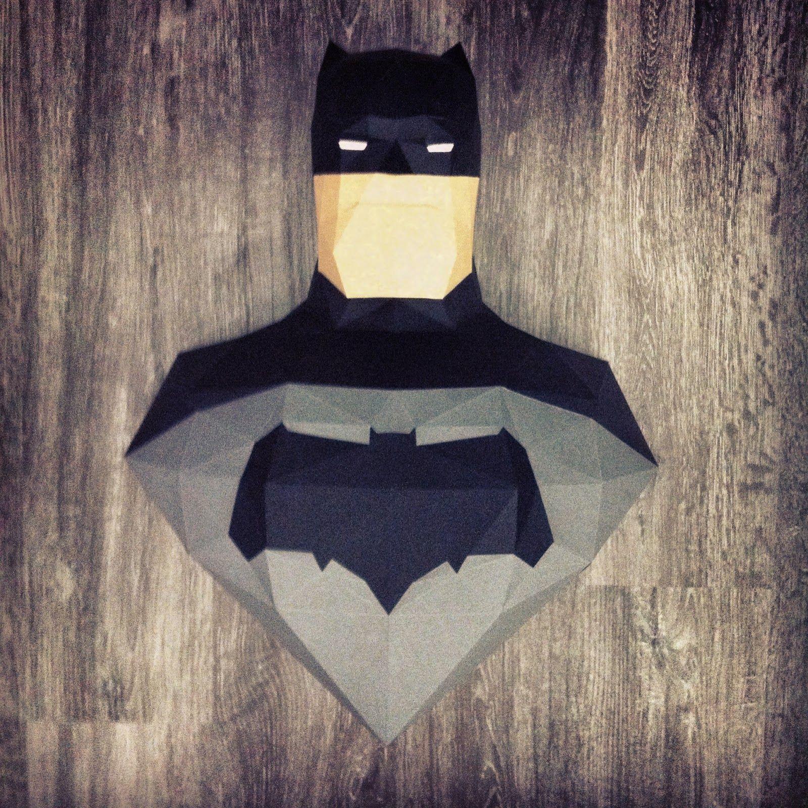 Sculpture Batman Dark Knight Returns en papier - Paper Batman Dark Knight Returns  Sculpture #paper #papier #papercut #papercraft #pepakura #design #vector #batman #thedarkknight #darkknight #darkknightreturns #batmanvsuperman #justiceleague #dawnofjustice #manofsteel #batfleck #benaffleck #dc #dccomics