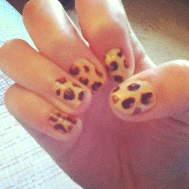 Leopard neils