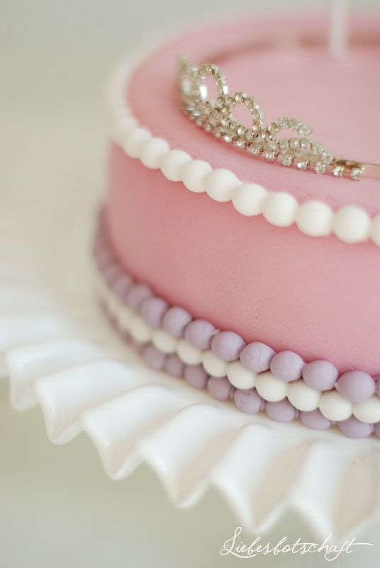 Sleeping Beauty Party Theme... Adorable ideas~