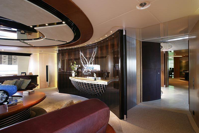 Review Perini Navi 289 Clipper Yacht Maltese Falcon Perini