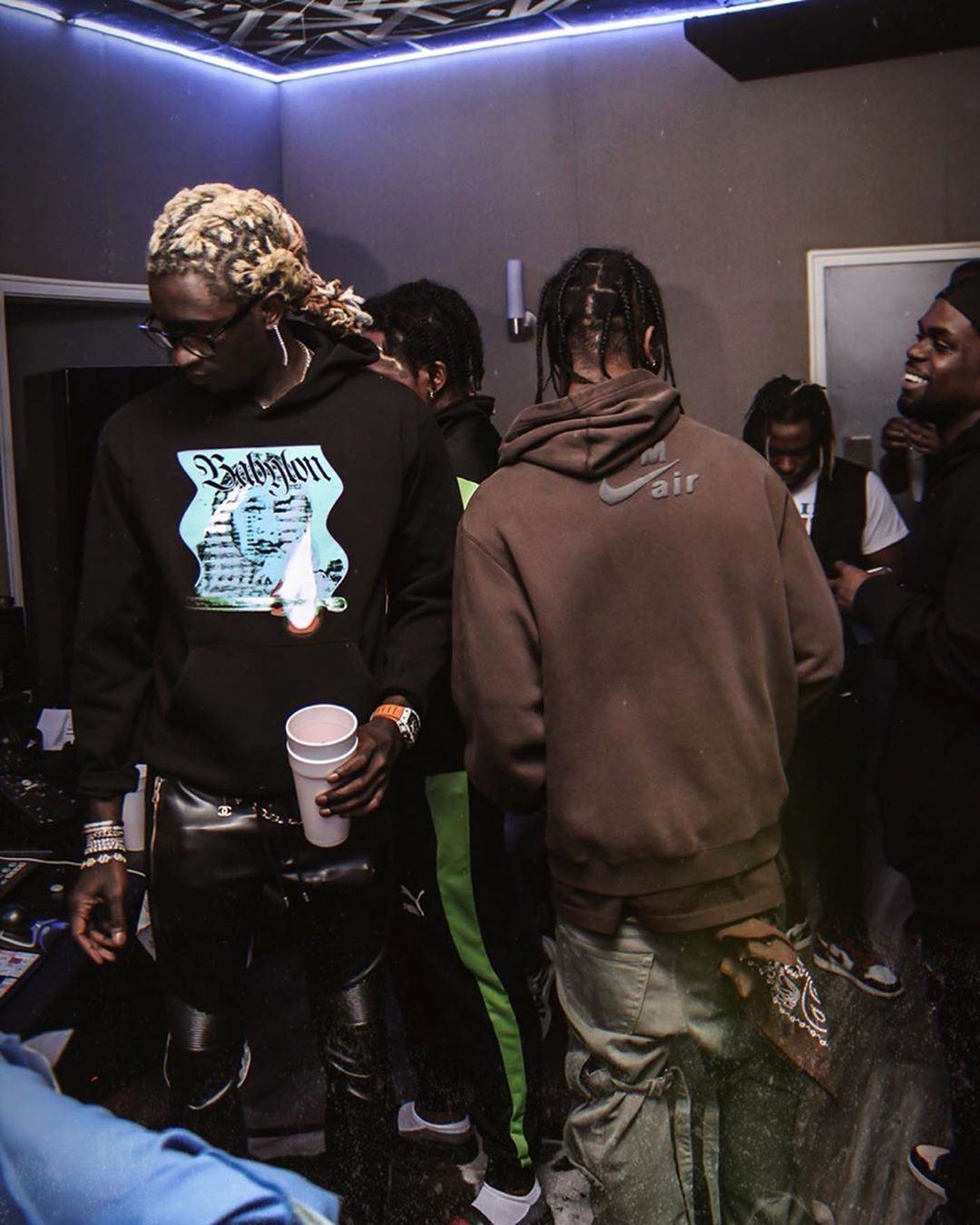 Pin By Ali Lou On Rappers In 2020 Travis Scott Fashion Young Thug Hip Hop Fashion