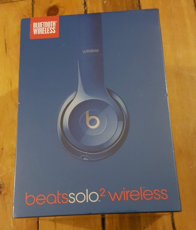 NEW Beats by Dr  Dre Solo2 Wireless Headband Headphones Blue
