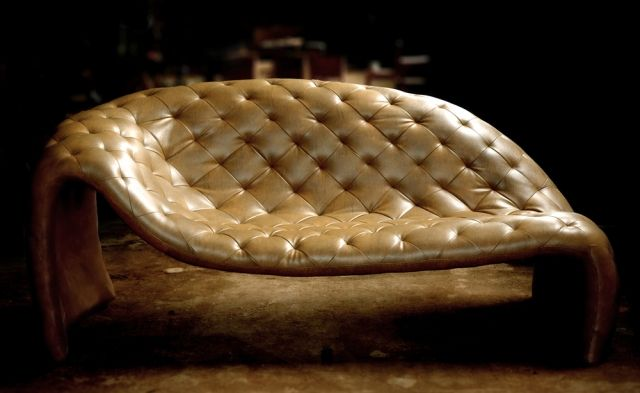 design ledersofa loveseat von david batho vereint komfort mit sthetik batho david design