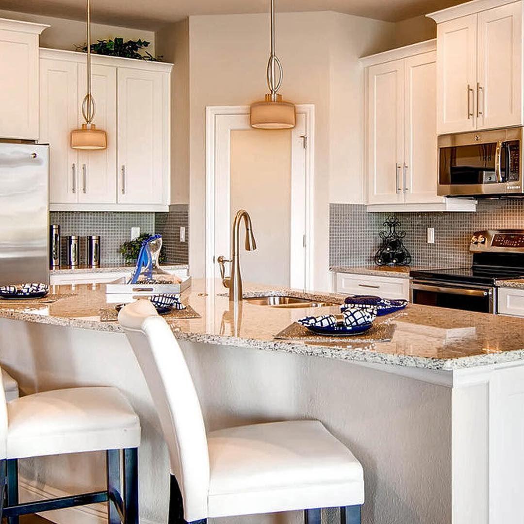 Sparkling Kitchen: A Beautiful #DRHorton Sparkling White Kitchen In The