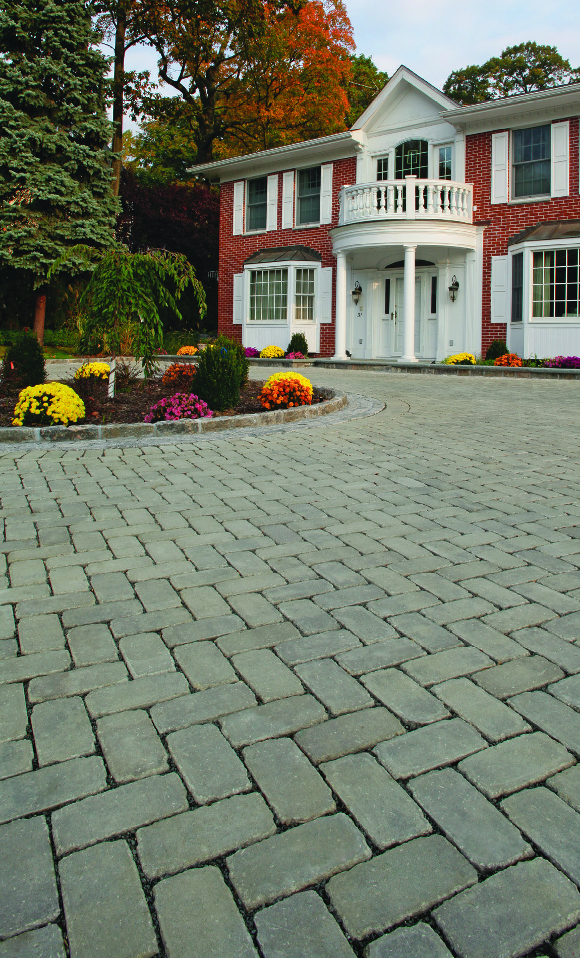 Cambridge pavingstones wall systems color options - Permeable Pavers By Cambridge Pavingstones With Armortec Are A Stormwater Management System Designed To Trap Pollutants