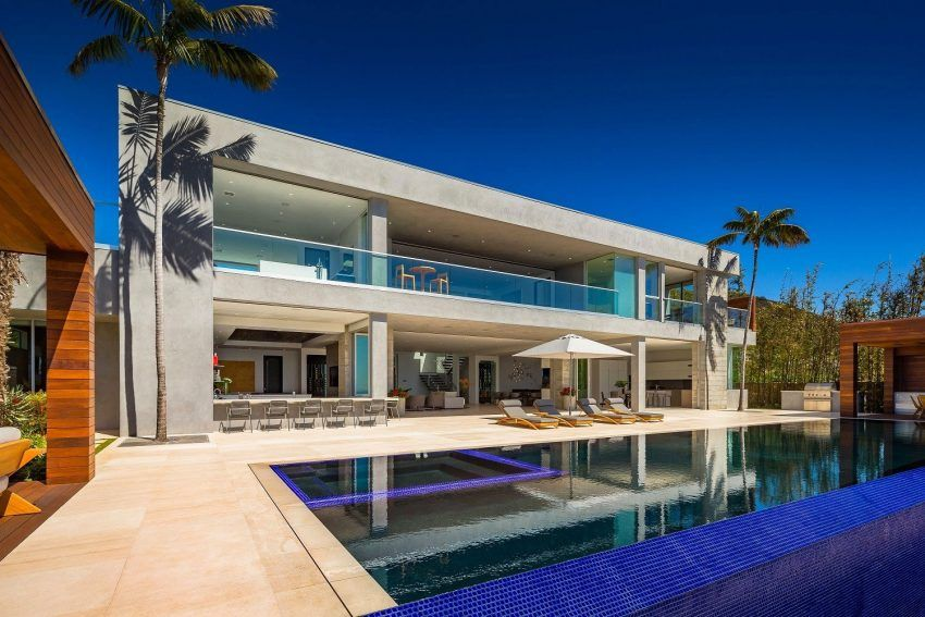 A Stunning Contemporary Property Up For Sale in Malibu | Pinterest ...