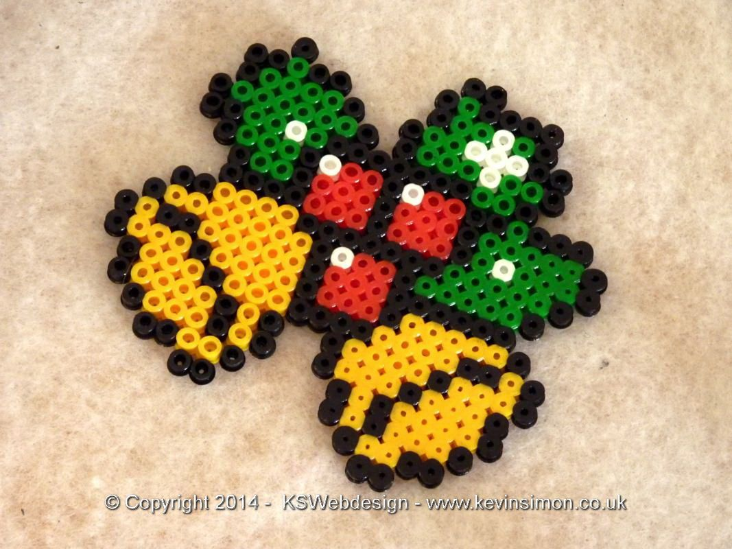 Hama bead Christmas design - hollly and bells - See more at kevinsimon.co.uk