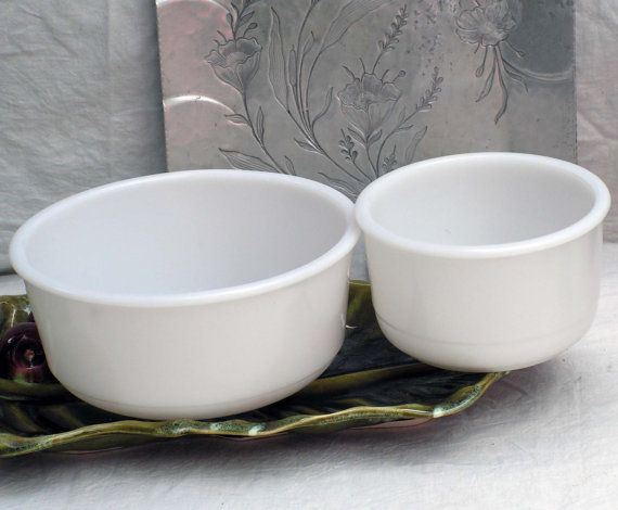 Milk Glass Mixing Bowl Set 1940s