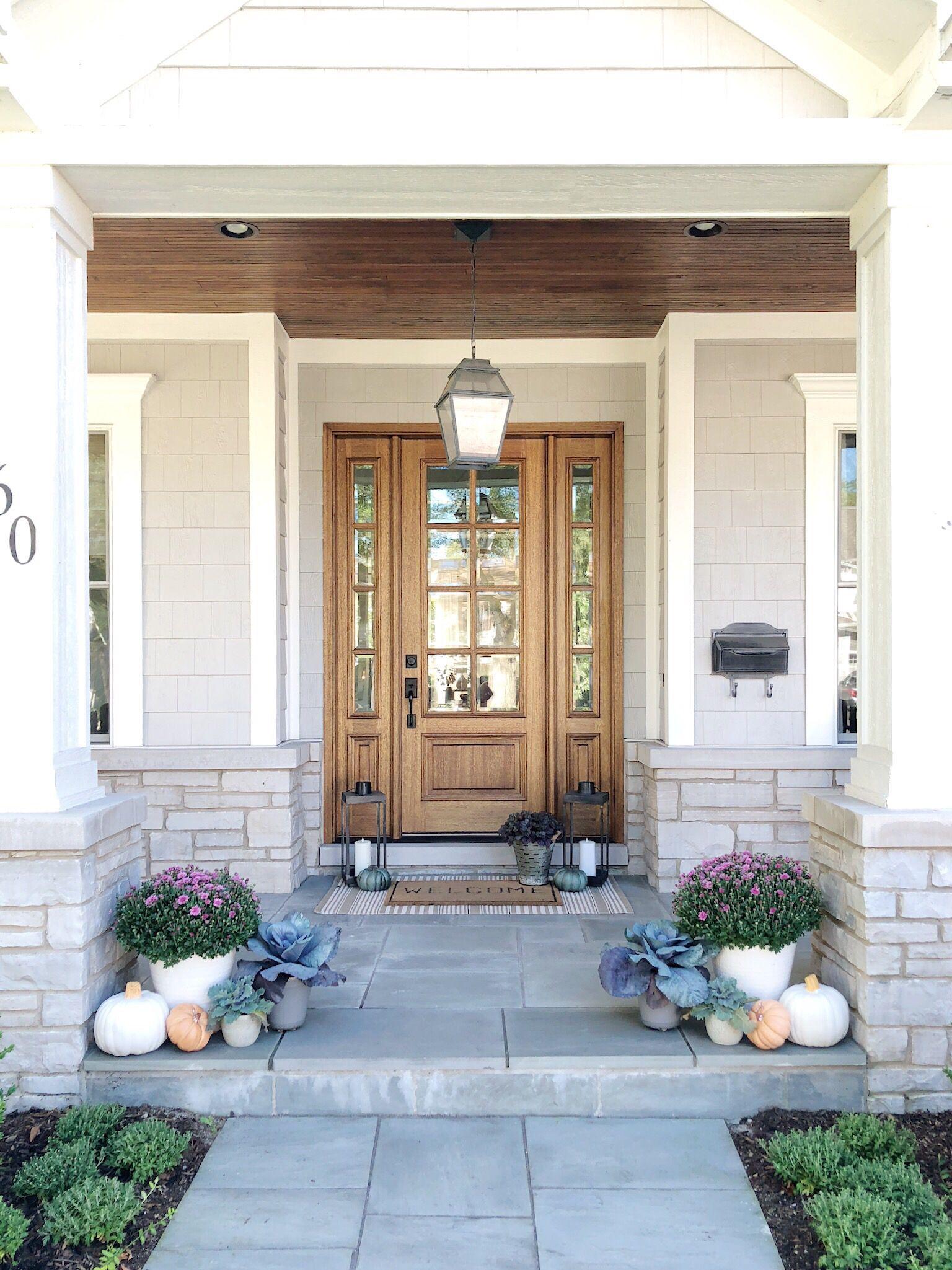 49 Most Popular Modern Dream House Exterior Design Ideas 3 In 2020: Front Door Decor, Front Porch, Bluestone Porch, Fall Entry, Fall Porch #falldecor #fallporch
