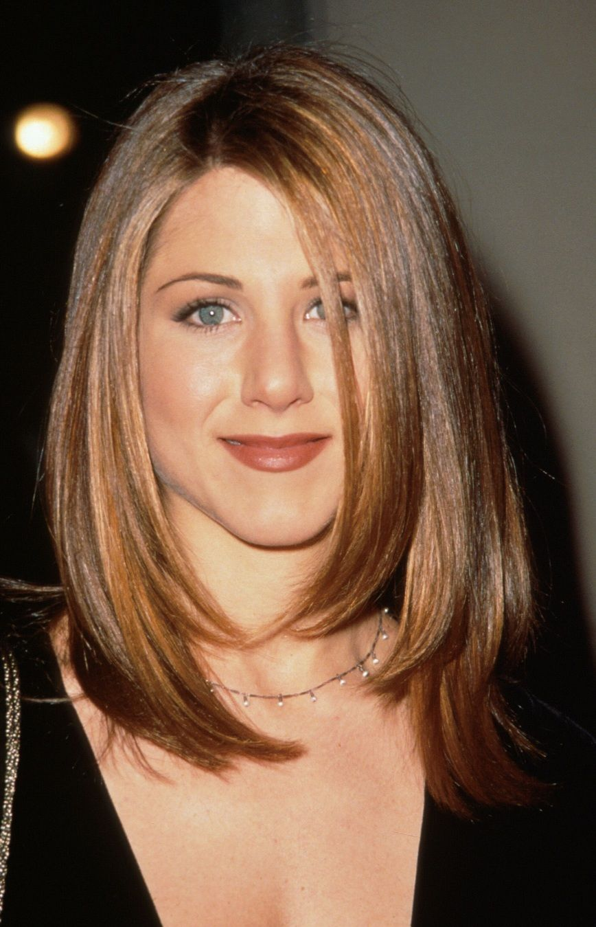 22 Famous Jennifer Aniston Hairstyles In 2020 Hair Styles Jennifer Aniston Hair Thick Hair Styles