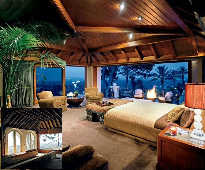 I could dream a lot with a bed room like that!!!