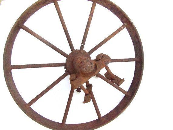 Antique Wagon Wheel Metal Wheel Iron Works Wall Hanging Yard