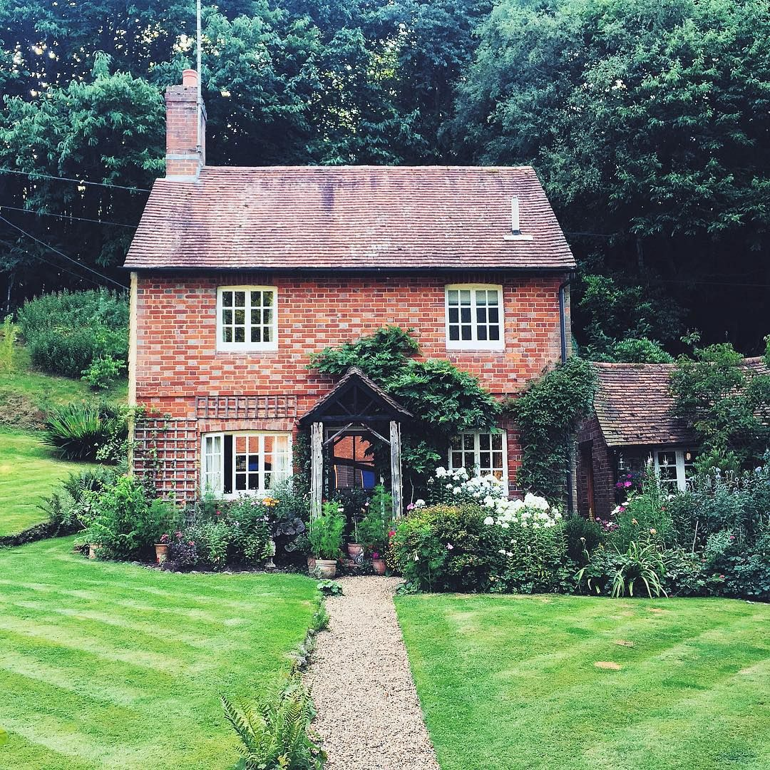 How Lovely! I Could Move There Right Away. Dreamed Cottage