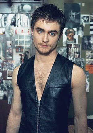 Photo of Daniel Radcliffe Height Weight Body Measurements –