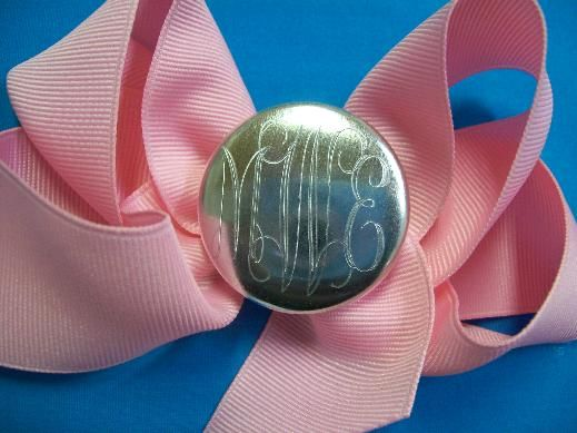@Ashley Smith, @Jaclyn Smith, @Lindsay Ruple   monogram bow...future grandchildren will have this!!!!!!!