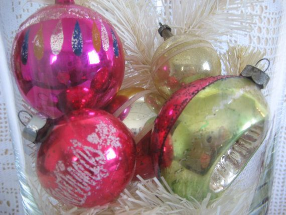#Vintage #Holiday Ornies 5 Shiny Stencilled by @KeepsakeDesigns, $3.99