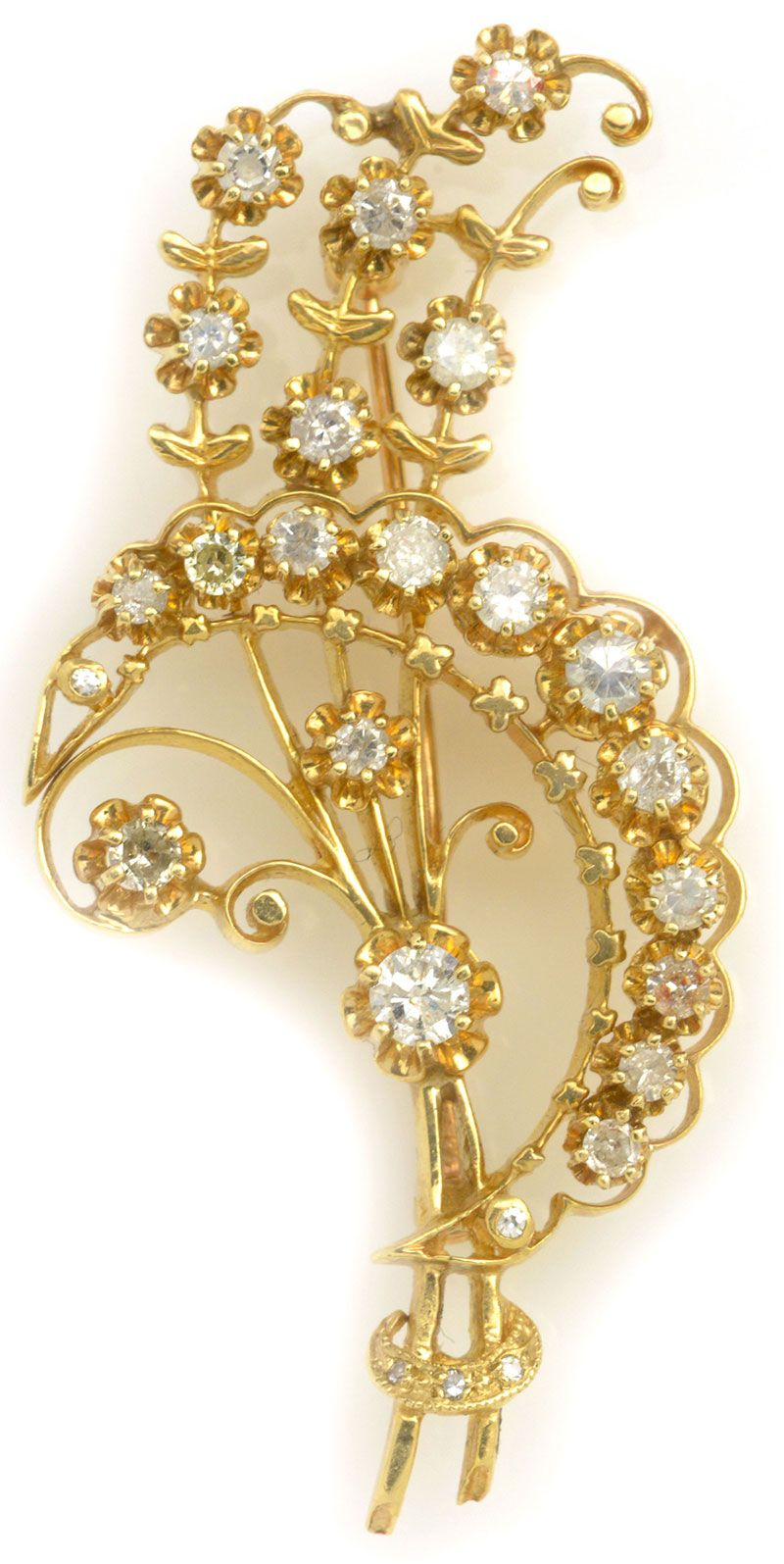 White Diamond Pin in Yellow Gold. Item #368-58216 Estate 1.35 ctw Diamond Round 14K Yellow Gold Pin Approx.Wt.