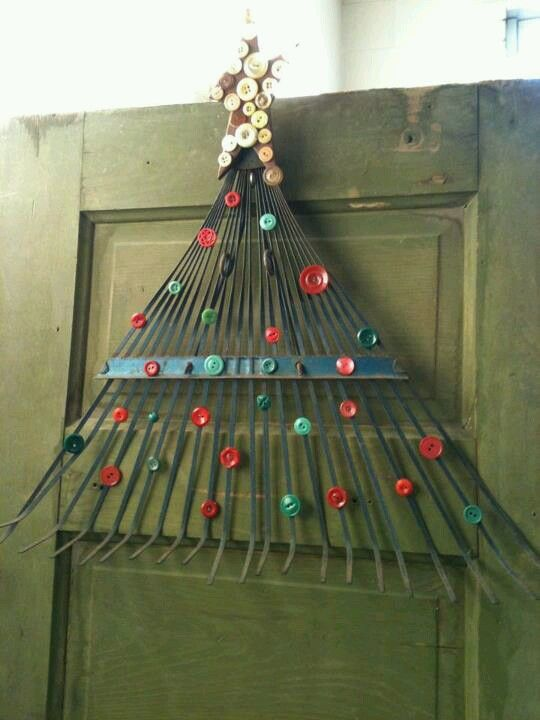 Diy rake & button tree door hanging--- I could probably do this...would make a great Christmas decoration to substitute a wreath.