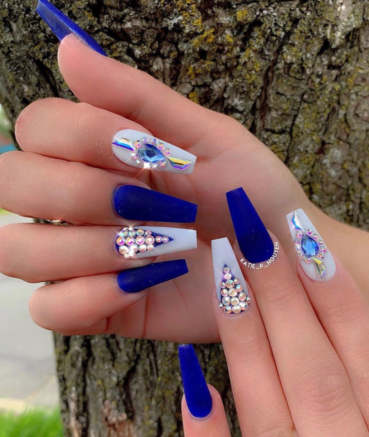 Pin by Raquelle Marie on Nails | Shiny nails, White nails