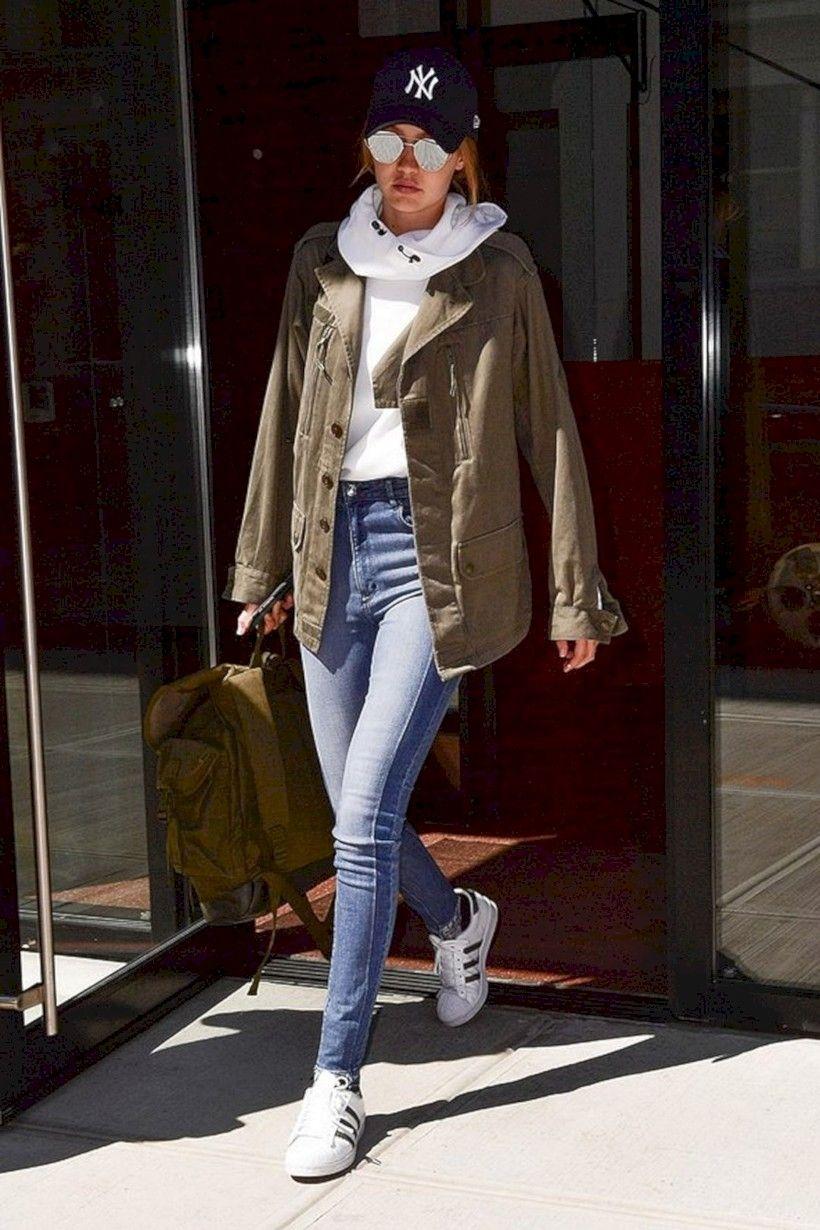 42 Amazing Gigi Hadid Street Style Looks #gigihadid