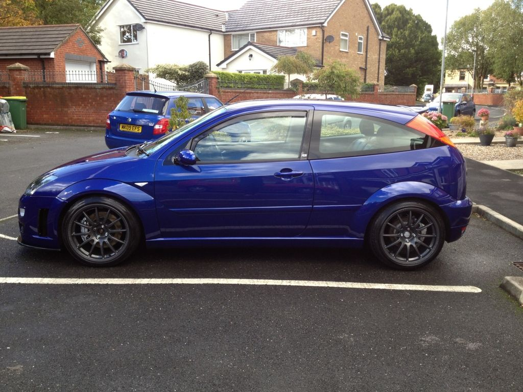 imperial blue ford focus rs mk1 grey amazing rims ford. Black Bedroom Furniture Sets. Home Design Ideas