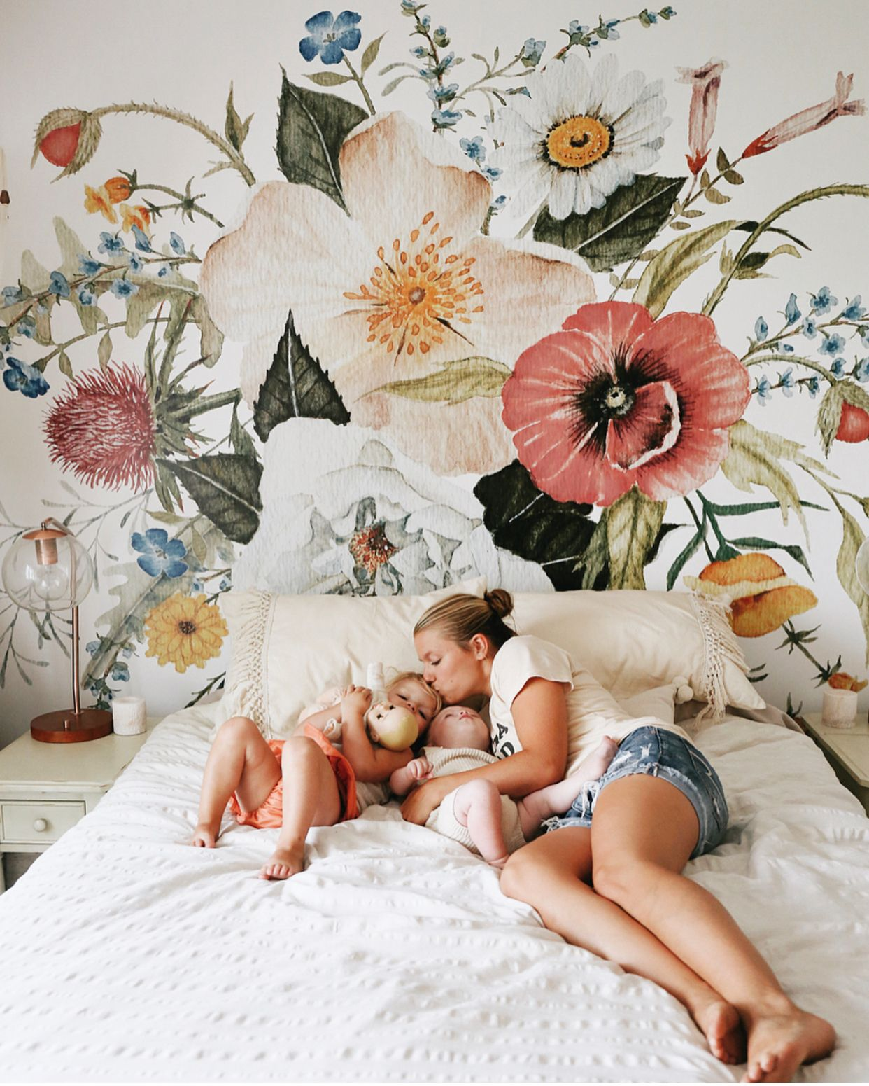Best Oh What A Gorgeous Wallpaper Mural Romantic Bedroom 400 x 300