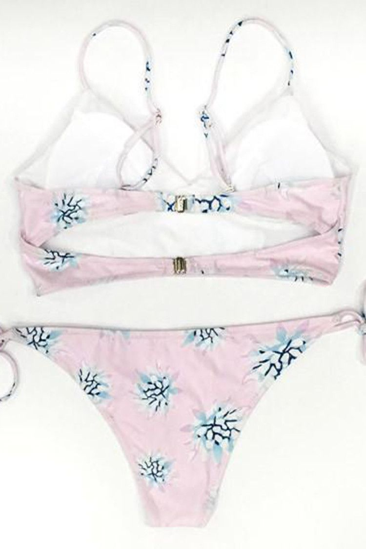 Cupshe Light as a Feather Floral Bikini Set