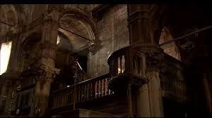 """Résultat de recherche d'images pour """"interieur gothic"""""""