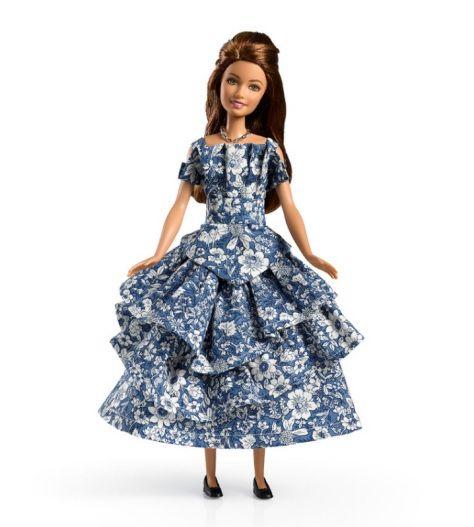 OOAK   Una vitrina llena de tesoros (Barbie blog)