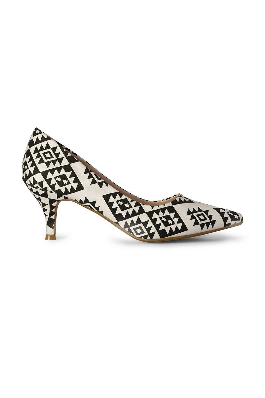 Van Heusen Woman Shoes, Trendy Printed