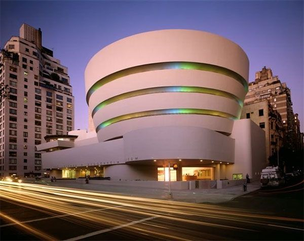 Solomon R Guggenheim Museum In New York Ny Usa Frank Lloyd Wright Buildings Architecture New York Museums