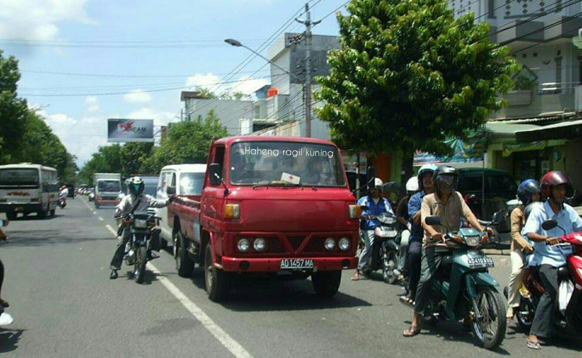 Pin Di Indonesia Klasik Bus Truck
