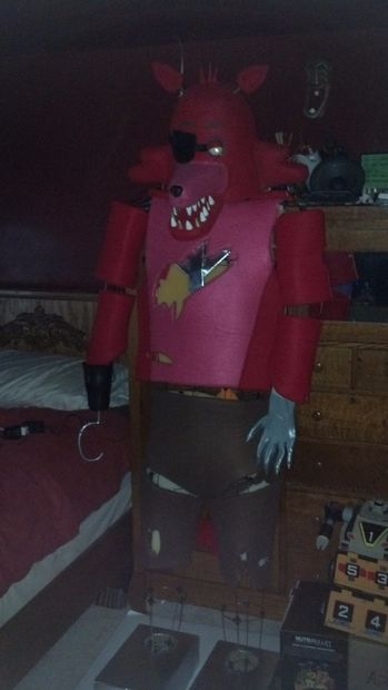 Diy Animatronic Foxy From Five Nights At Freddy S Five Nights At Freddy S Five Night Spongebob Crafts