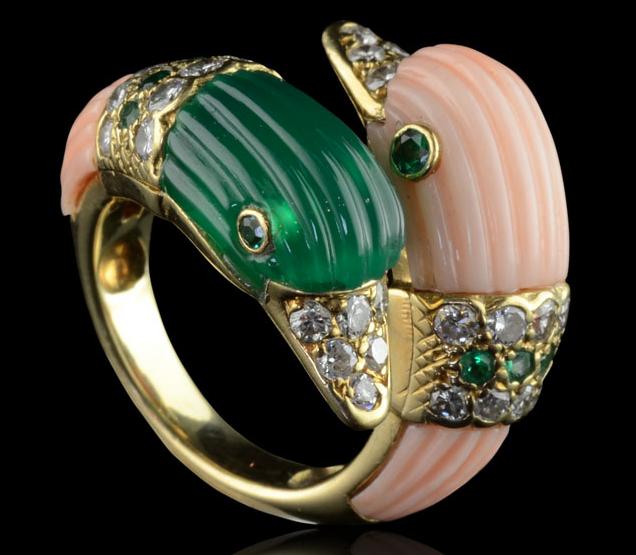 Van Cleef and Arpels Descripción : Insólito multi-joya anillo de ...