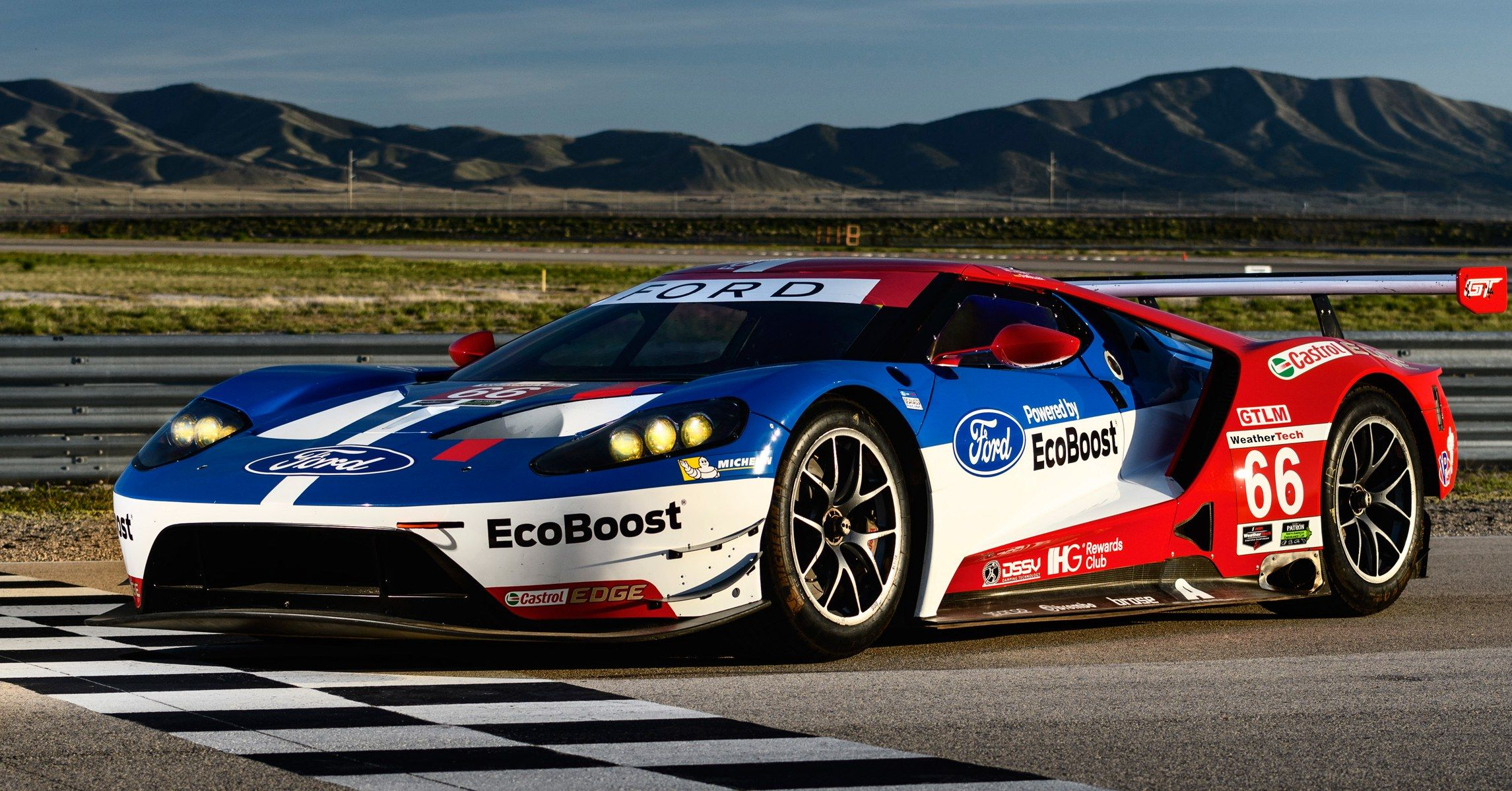 The Inside Story Of Ford S Quest To Build A New Kind Of Supercar Engine Ford Gt Super Cars Supercar Engine