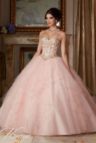 Bonita En Vestidos De Quince Color Rosa Quinceañera