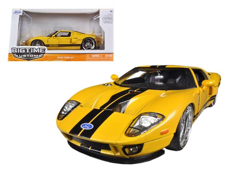 2005 Ford Gt Yellow 1 24 Diecast Car Model By Jada Ford Gt Diecast Cars Car Model