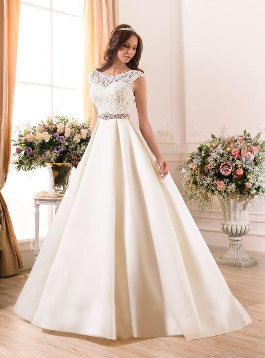 Trouwjurk Satijn.Prinsessen Sissi Trouwjurk Op Maat Bruidsjurk Satijn Kant Mode