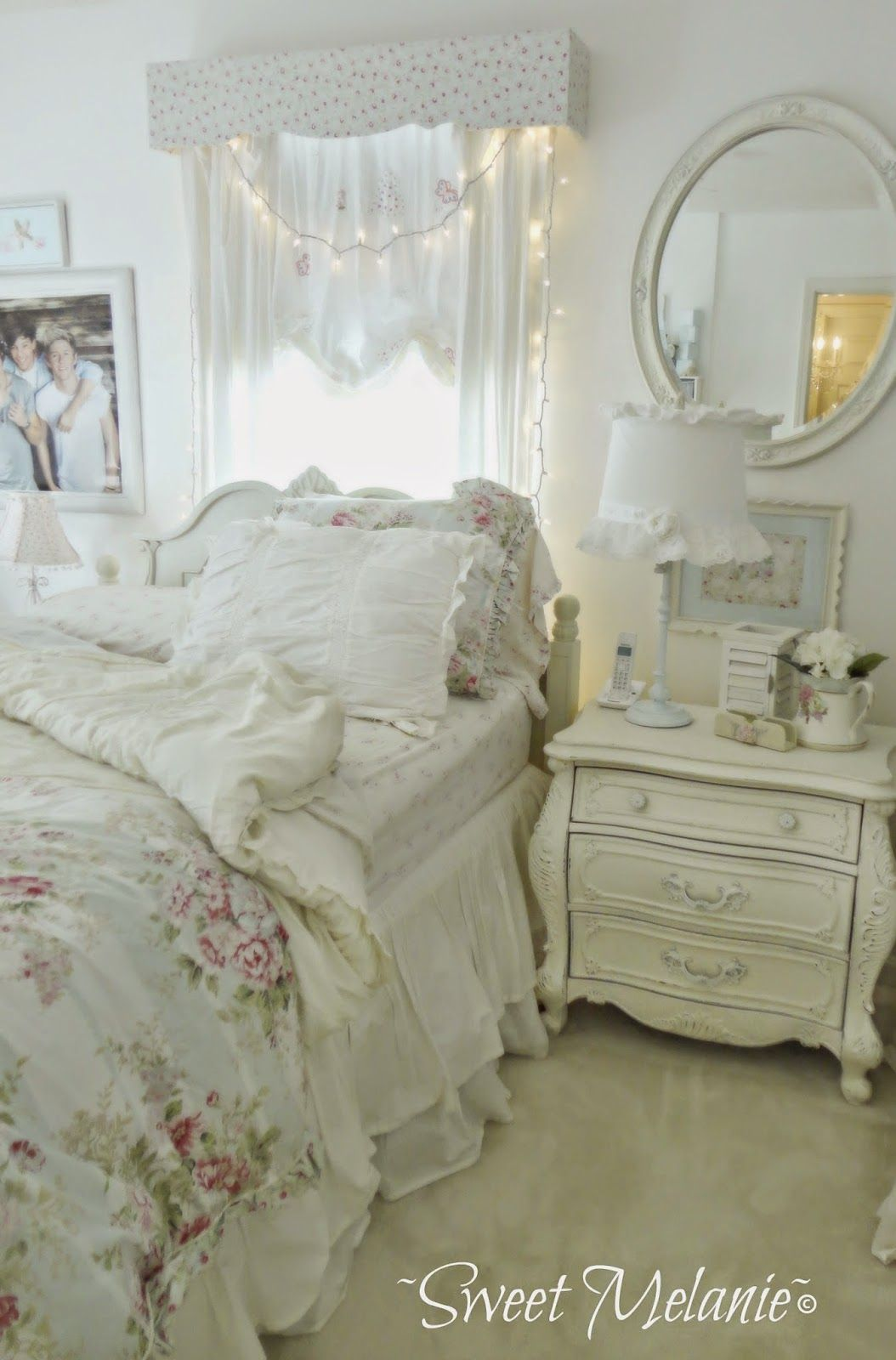 Chambre Shabby Chic Romantique Sweet Melanie As If I Need More Furniture My Shabby Chic