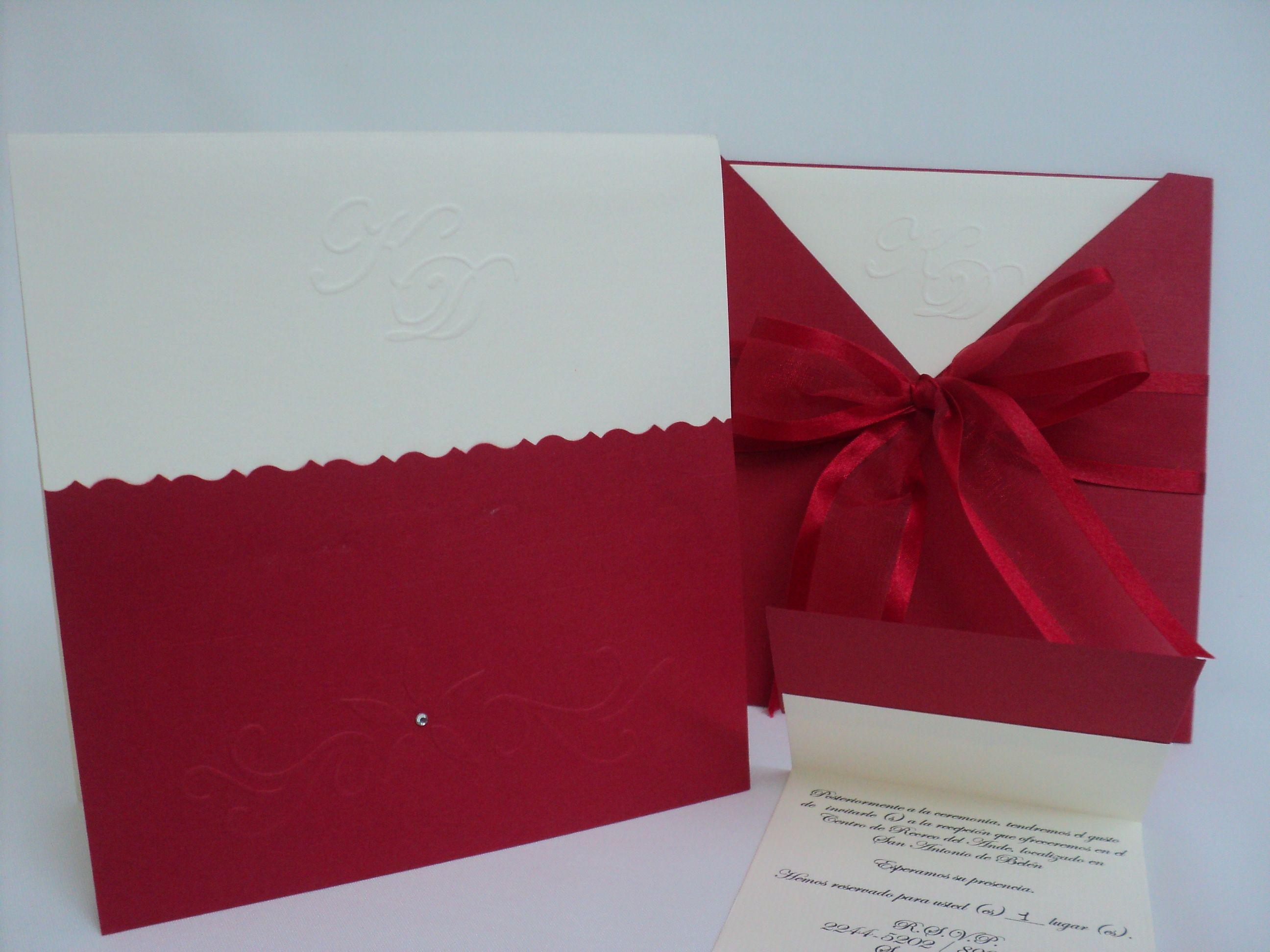 M007 tamaño 18 x 18 papel texturizado doble de 220gr. papel interno ...