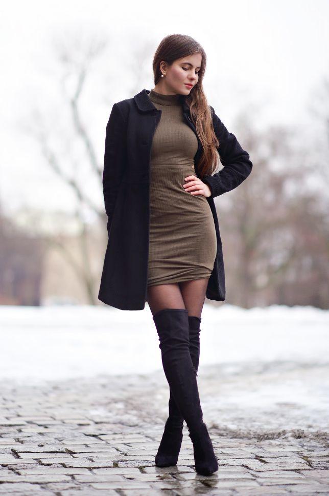 Czarny Plaszcz Zielona Obcisla Sukienka I Zamszowe Dlugie Kozaki Na Obcasie Ari Maj Personal Blog By Ariadna Majewska Womens Fashion Fashion Clothes