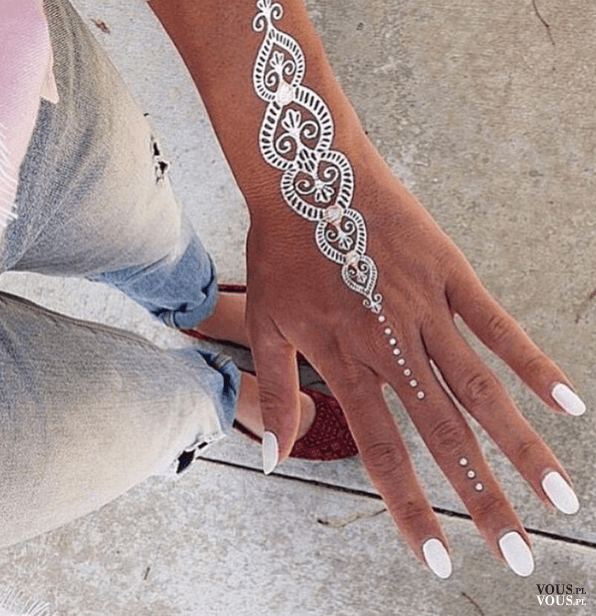 Srebrny Tatuaż Tatuaże Na Dłoni Biotatuaż Deko ślub