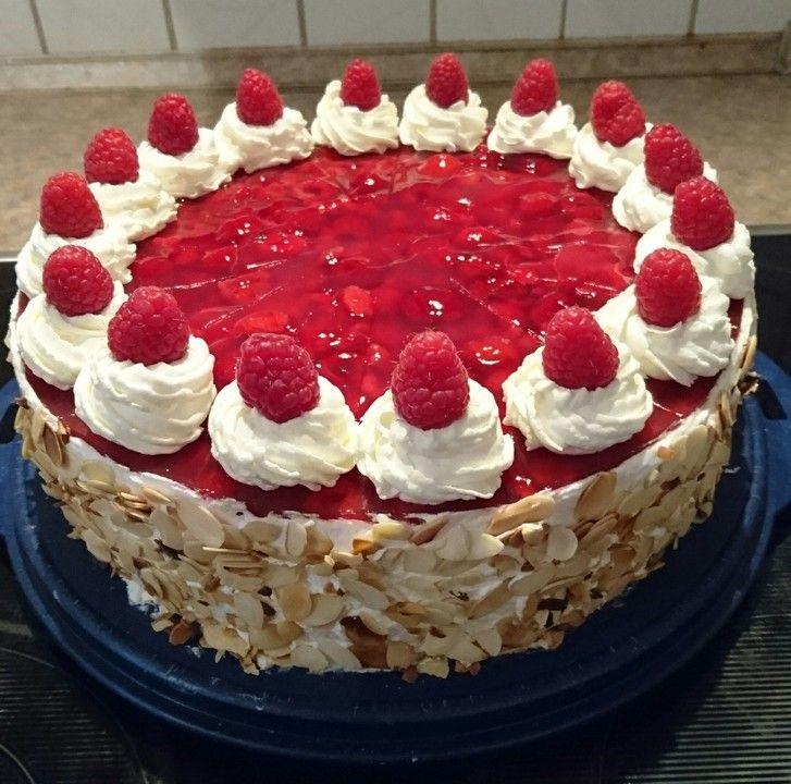 Windbeutel-Torte von ClaudiaL | Chefkoch