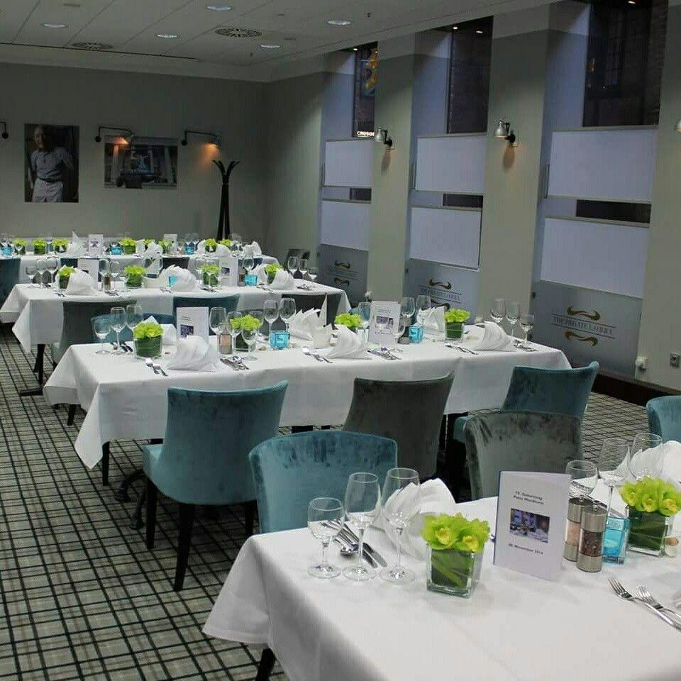 Tischdekoration #centerpiece #Blumen #flower #hotel #events ...