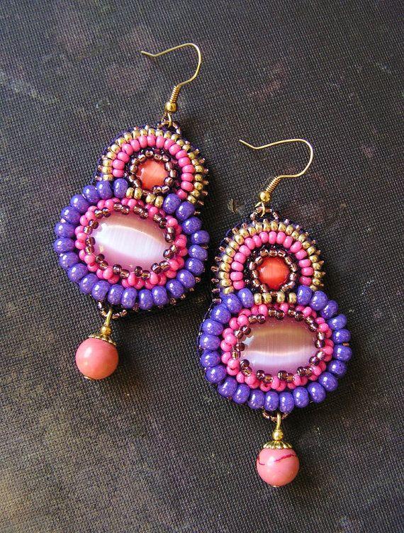 Purple Pink Beadwork Earrings Bead embroidery por MisPearlBerry